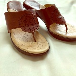 Brown leather Sofft heeled sandals size 7m